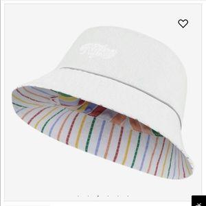 Nike Accessories - Nike bucket hat